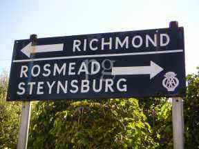 Road Sign Richmond at Middleburg EC small.JPG (10838 bytes)